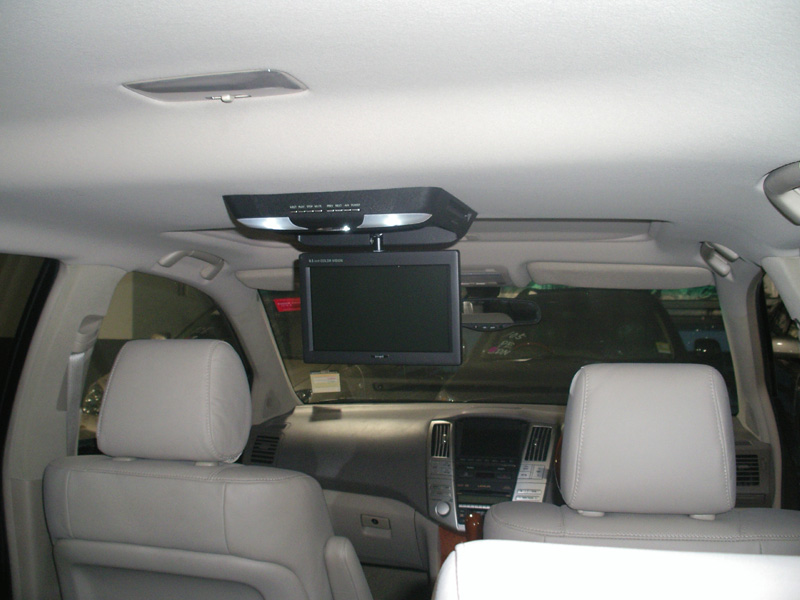 Ford Explorer Dvd North Carolina furthermore Ford Explorer Accident Free Reading additionally Overhead Roofmount Dvd Players Gallery as well 2010 Ford Expedition Limo Pinnacle 140 Limousine in addition Toyota Sienna Overhead Aux Dvd Player Grey 06 07 08 09 10. on 2010 ford overhead dvd player